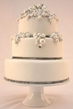 Winter Wedding Cake - Diamonds And Pearls