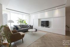 분당에서 스톡홀름 느끼기 _ 유행과는 별개로 사랑스럽고 따뜻한 느낌 때문에 계속 사랑할 수 밖에 없어요.... Natural Interior, Modern Interior, Interior Design, Living Area, Living Room, Tv Cabinets, New Homes, House Design, Architecture