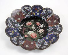 A Japanese Cloisonne Metal Charger. Lot 152-3016