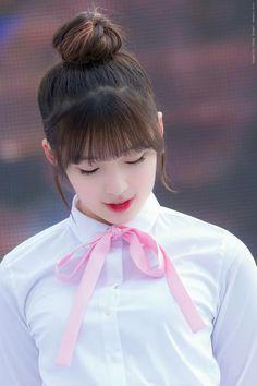 Ohmygirl - Arin Kpop Girl Groups, Kpop Girls, Ulzzang, Rapper, Arin Oh My Girl, Ballet Girls, Japanese Beauty, Pretty Woman, Red Velvet