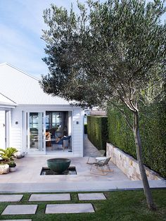 Inside an Australian Home With a Perfectly Modern Design | DomaineHome.com