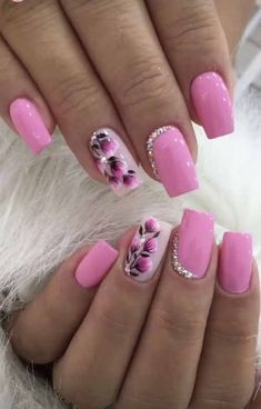 Gel Nail Designs With Flowers, specially these 5 gorgeous latest options will always give you a holly feelings and fresh feelings at any time and any situation. Hope you want to carry it with you for Flower Nail Designs, Nail Designs Spring, Gel Nail Designs, Fingernail Polish Designs, Nails Design, Spring Nail Art, Spring Nails, Summer Nails, Flower Nails