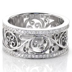 @knoxjewelers Catalina Petite incorporates the unique free flowing filigree from our Catalina design but in a slightly narrower width. The captivating filigree adds a sense of movement to this truly stunning design. The pattern is framed on either side by a row of micro pavé diamonds adding brilliance to the white gold metal. www.knoxjewelers.biz