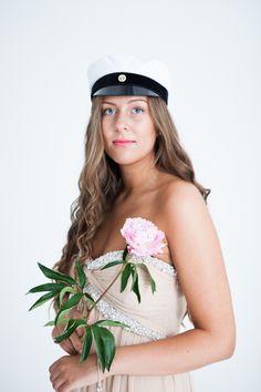 Elina Manninen Photography, Graduation portraits in my studio.
