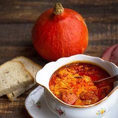 Maďarské kyselo z dýně Hokaido Czech Recipes, Hummus, Squash, Chili, Food And Drink, Low Carb, Menu, Pumpkin, Healthy Recipes