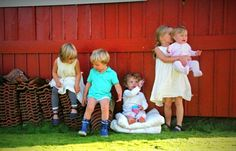 APPLE HARVEST Apple Harvest, Little People, Happy Day, Sisters, Blog, Crafts, Manualidades, Short People, Blogging