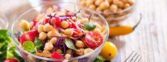 Večeře zdravě a chutně: 5 bezmasých receptů Fruit Salad, Food, Pineapple, Fruit Salads, Essen, Meals, Yemek, Eten