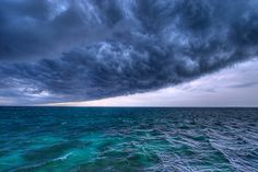 blue - azul - sea - sky - storm - hurricane - furavão - mar - céu - Hurricane by… All Nature, Science And Nature, Amazing Nature, Beautiful Sky, Beautiful World, Beautiful Pictures, Storm Clouds, Sky And Clouds, Ocean Storm