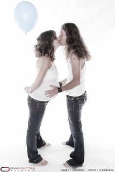 Pietermaritzburg maternity photography by Cheries Dutton from Craig Dutton Studios. Maternity photography ideas.