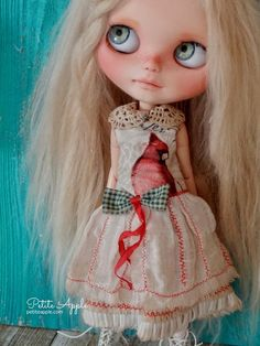 OOAK Blythe doll outfit by Petite Apple