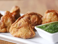 Chickpea samosas with spicy mint sauce
