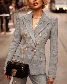 fall coats for women casual Blazer Fashion, Suit Fashion, Work Fashion, Womens Fashion, Style Fashion, Chic Outfits, Fashion Outfits, Fashion Trends, Blazer Outfits