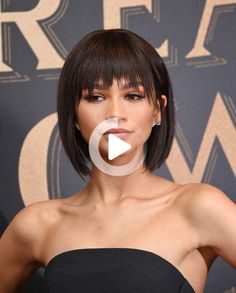 """Zendaya Coleman Photos - Actress and model Zendaya attends the """"The Greatest Showman"""" World Premiere aboard the Queen Mary 2 at the Brooklyn Cruise Terminal on December 8, 2017 in the Brooklyn borough of New York City. - 'The Greatest Showman' World Premiere #bobhairstyles Bob Hairstyles With Bangs, Short Hair With Bangs, Short Hair Styles, Zendaya Coleman, The Greatest Showman, Blonde Bobs, Queen Mary, Mannequin, Brooklyn"""