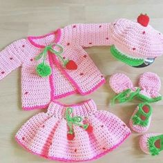 Baby Girl Patterns, Baby Clothes Patterns, Baby Doll Clothes, Crochet Doll Clothes, Crochet Dresses, Clothing Patterns, Crochet Baby Blanket Beginner, Crochet Baby Dress Pattern, Baby Knitting