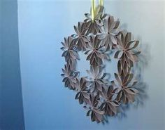 DIY CRAFT PROJECTS: Toilet Paper Roll Wall Hanging