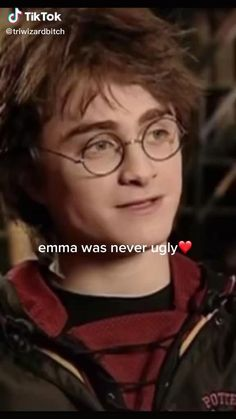 Harry Potter Gif, Harry Potter Hermione, Theme Harry Potter, Harry Potter Pictures, Harry Potter Characters, Draco Malfoy, Harry Potter Tumblr Funny, Def Not, Harry Potter Collection