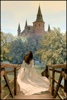 In my dreams I wander far from this cottage in the woods until I reach a glimmering castle. And inside the castle walls, I find you. Fantasy Inspiration, Story Inspiration, Fantasy World, Fantasy Art, Foto Nature, Images Esthétiques, Elfen Fantasy, Mode Poster, Princess Aesthetic