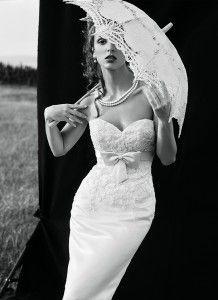 Retro wedding style; dress: Casablanca Bridal; umbrella: Le Charme  http://www.emodno.com/?p=78273