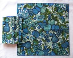 Blue  & Green Napkins (Set of Four) Floral Fruit Lightly-Used Excellent Condition