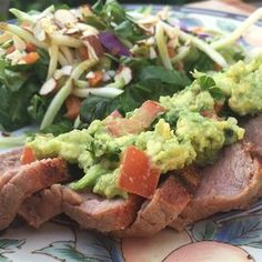Flank Steak with Avocado Salsa Tamale Recipe, Salsa Recipe, Patty Melt Recipe, Flank Steak Tacos, Homemade Tamales, Cilantro Lime Rice, Spicy Chili, Healthy Cat Treats, Refried Beans