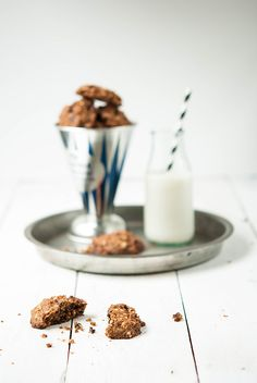 chocolate oatmeal vegan cookies