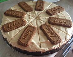 Karamelový chessecake Lotus - Recept pre každého kuchára, množstvo receptov pre pečenie a varenie. Recepty pre chutný život. Slovenské jedlá a medzinárodná kuchyňa Lotus Cake, Almond, Cheesecake, Food And Drink, Cookies, Crack Crackers, Cheesecakes, Biscuits, Almond Joy