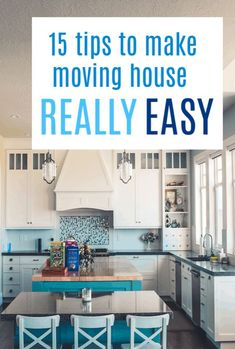 15 tips to make moving house easier and save you money and time too/ A look at everything from packing tips to packing hacks, this is the only moving home checklist you will need Home Selling Tips, Home Buying Tips, Moving House Checklist, Cheap Modular Homes, Floating Shelf Decor, Moving Home, Minimal Home, Fireplace Remodel, Room Essentials