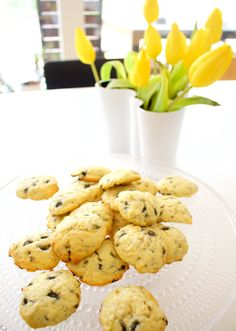 Hämmentäjä: Easter cookies with lemon and salty liquorice. Sitruuna-salmiakkikeksit pääsiäisen riemuksi.
