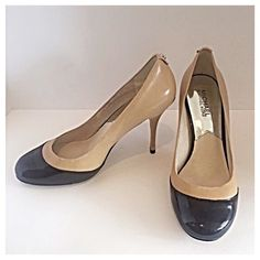 "Michael Kors Nude & Black Leather Presley Pumps Beautiful, classic, mid heel pumps by Michael Kors in black patent leather and nude. Heels are 3.5"", length 10"", width 3.5"". A must have for the office and the job you want! MICHAEL Michael Kors Shoes Heels"