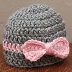 Loving this newborn hat, so cute! ClaraZ1
