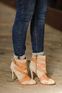 beautiful boots / sidewalk ready
