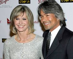 Olivia Newton-John's former boyfriend 'found in Mexico after going missing 12 years ago' | The Independent