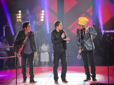 "Tiago Leifert vai atacar de cantor no ""The Voice Brasil"" em música de Marisa Monte | TV Esporte Blog - Yahoo TV. ´´ Apresentador do  Globo Esporte cantando....! E...e ...e  será que vai rolar...."