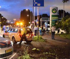 Zoetermeer Totaal vernielde auto na achtervolging politie