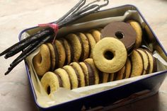 csokoládé Archives - Page 6 of 13 - Nassolda Hungarian Desserts, Hungarian Recipes, Baking Recipes, Cookie Recipes, Dessert Recipes, Sweet Cookies, Cake Cookies, Traditional Cakes, Xmas Food