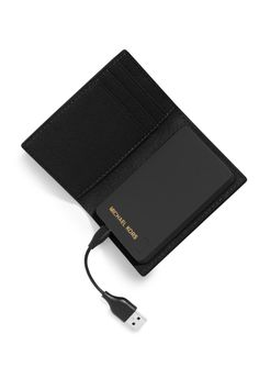 Tech+Gift+Guide:+The+Chicest+Gadgets+This+Holiday+Season  - HarpersBAZAAR.com