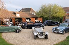 Antique Cars, Classic Cars, Nostalgia, Garage, Vintage Cars, Carport Garage, Vintage Classic Cars, Garages, Car Garage