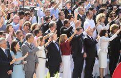 Último dia da Festa do Divino Pai Eterno reúne 600 mil pessoas em GO. Em 10 dias de romaria, mais de 2,5 milhões de fiéis passaram pelo Santuário Basílica do Divino Pai Eterno, em Trindade, Goiás. No domingo (5), uma missa marcou o encerramento de um dos maiores eventos religiosos do país.