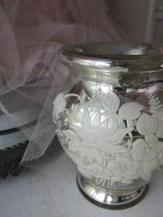 EXQUISITE Old MERCURY GLASS VASE with HAND PAINTED WHITE FLOWERS