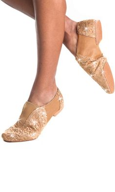 omg!!!!!!!!!!!!!!!!!!!!!!!!!! i only wish my dance studio would let me wear these!!!