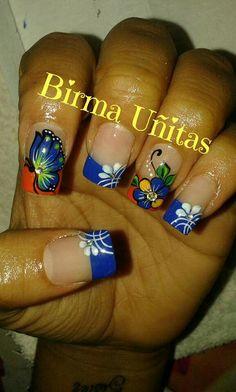 Uñas Butterfly Nail Designs, Nail Art Designs, Pretty Nail Art, Beautiful Nail Art, French Tip Nails, Halloween Nail Art, Glitter Nail Art, Flower Nails, Short Nails