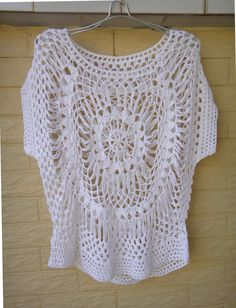 White Feminine Blouse Top in Hairpin Crochet Pattern perfect for hot summer days and also an irreplaceable beachwear accessory that will make you look stunning! made with acrylic yarn in Standard size measured in length in bust circumference Hairpin Crochet Pattern, Hairpin Lace, Crochet Patterns, Unique Crochet, Easy Crochet, Crochet Lace, Crochet Woman, Crochet Clothes, Crochet Projects