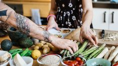 Couple Cooking Together Photography , Couple Cooking, Cooking Together, Fresh Rolls, Cooking Photography, Couples, Ethnic Recipes, Illustrators, Artworks, Watches