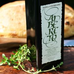 Alberto Unfiltered Organic Extra Virgin Olive Oil- Albereto's organic EVOO is harvested from frantoio, leccino, and pendolino olives, which are immediately pressed - yielding a vibrant golden oil with a distinct peppery piquancy. Gourmet Gift Baskets, Gourmet Gifts, Dutch Recipes, Gourmet Recipes, Cheese Gifts, Pumpkin Seed Oil, Olive Oil Soap, Artisan Cheese, Organic Essential Oils