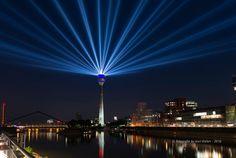 lightshow düsseldorf by Karl Thelen