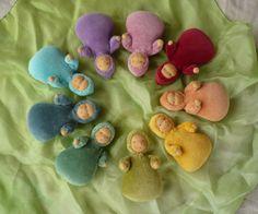Juci szöszmötölése  How cute! Beautiful colours!!!