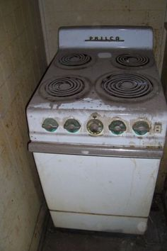 S Classic Vintage Welbilt Apartment Sized Gas Stove Range