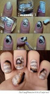 Newspaper nailsart