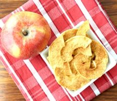 Crockpot Baked Apples Recipe! {Just 6 Ingredients} - The Frugal Girls Cheerios Recipes, Chex Mix Recipes, Popcorn Recipes, Dessert Recipes, Kale Chip Recipes, Apple Crisp Recipes, Apple Snacks, Fruit Snacks, Dried Apples