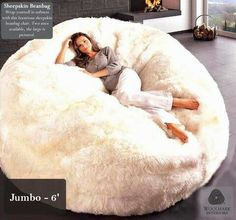 The ultimate in luxury seating! Genuine sheepskin bean bag chairs are extremely comfortable and luxurious. Wrap yourself in pure luxury while creating a statement in your home with this one-of-a kind authentic sheepskin bean bag. My New Room, My Room, Home Design, Home Interior Design, Modern Design, Puff Gigante, Cozy Place, Home And Deco, My Dream Home